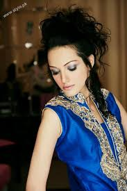 dailymotion hair style and makeup with metallic shades on eyes by sabs nadia hussain bridal