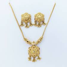 details about 22k solid yellow gold necklace pendant earrings set hallmarked 22kdm handcrafted
