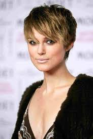 48 Awesome Short Hairstyles For Fat Faces And Double Chins