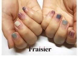 アースカラーでフレンチnail しかくフレンチは短いお爪にも 合わせ