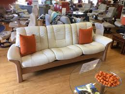 clearance stressless buckingham 3 seater low back