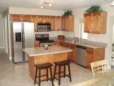 tampa house rental spacious eat in kitchen with breakfast bar spacious eat kitchen