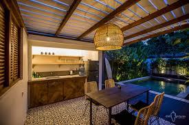 chilli bali villa canggu pererenan wood house ubytovani vacation