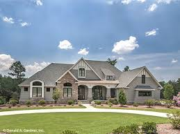 French Country House Plan   Square Feet and Bedrooms    French Country House Plans   French Country Style Home Designs from