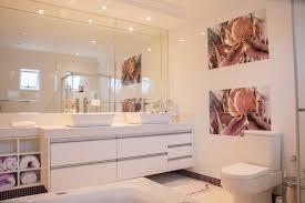 best light bulbs for bathroom