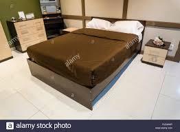 Schlafzimmer Innenausstattung Großes Bett Decke Braun Und Weiß