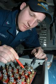 file us navy 050315 n 3390m 278 electrician^rsquo s mate 3rd class file us navy 050315 n 3390m 278 electrician^rsquo s
