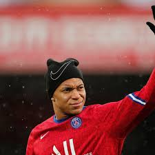 Aug 08, 2021 · this time around, almost every reputed spanish reporter/ journalist has hinted towards mbappe signing for real madrid. Kylian Mbappe Update Revealed Regarding European Giants Pursuit Of Psg Superstar Givemesport
