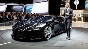 Bugatti has just unveiled its brand new custom supercar. Bugatti La Voiture Noire Remembers The Missing Type 57 Sc Atlantic Autodevot