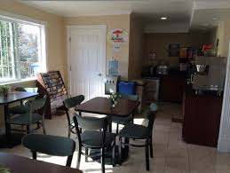breakfast area furniture. i need help to make my hotel lobby and breakfast area colorful contemporary look furniture