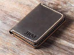 outstanding leather credit card holder