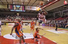 "Sportando on Twitter: ""Ogo Adegboye can fly! (photo Massimo Nazzaro)… """