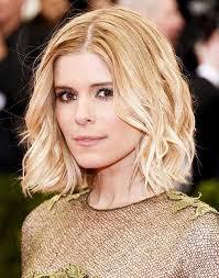 kate mara um blonde wavy hairstyle 2017