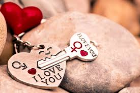 love heart key red keychain