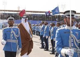 شاهد.. ماذا كتب خريجو كلية الشرطة في قطر بأجسادهم؟