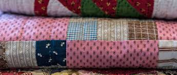 How to Make a Patchwork Quilt - Try Our Beginner's Guide To ... & How to make a patchwork quilt - A beginner's guide Adamdwight.com