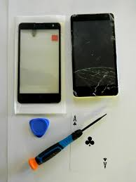 picture of replacing broken screen glass
