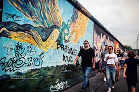 arts paintings in berlin wall s east side gallery on famous berlin wall artists with the murals on berlin wall s east side gallery traveling solemates