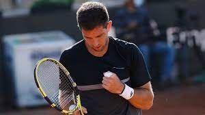 Delbonis and Djere ease through in Gstaad