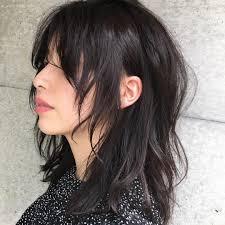 ロングのウルフカットの女性 Print Design2019 Long Hair Styles