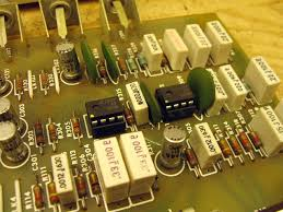 bose 901 series iv equalizer 202245 retrovoltage the electrolytic capacitors in this equalizer were about a decade better condition than the ones on the s1 s2 but they were universally bad