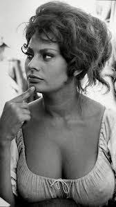 Sophia Loren | Retrato de belleza, Fotos de sofía, Sophia loren