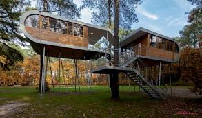 Modern Tree Houses Wonderful Modern Tree House Plans And Kids With Decorating