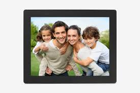 micca neo 15 inch digital photo frame with 8 gb storage