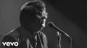 <b>Roy Orbison</b> - Crying (Black & White Night 30) - YouTube
