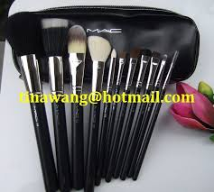 mac makeup brushes for set