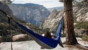 Camping On Air With Unique Travel Hammock | rorlosangeles.org