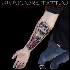 сделать татуировку в стиле трэш полька москва салон михаил строгий