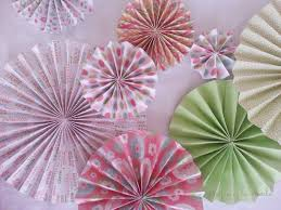 folded paper rosettes creative things to make pap on diy paper rosettes garland for simple party