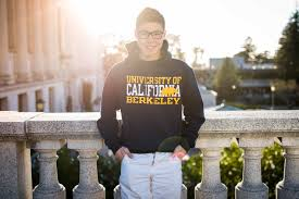 transfer applicants uc berkeley college of natural resources henry kwok a transfer student in the environmental economics and policy major