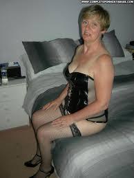 Fetish granny in nylons