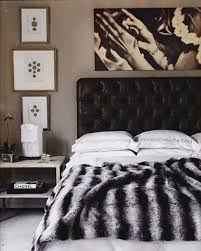 black and white bedroom decor. Minimalist Bedroom Decorating Ideas With Best Black And White Decor