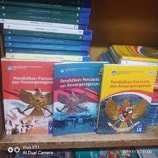 Kunci jawaban seni budaya erlangga kelas 10 key. Buku Bahasa Lampung Kelas 7 Kurikulum 2013 Revisi Sekolah