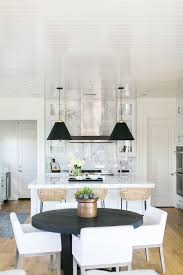 BECKI OWENS- Estillo Project: Classic Modern Kitchen. A white ...