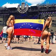 Latinas Big Ass Thick Thighs