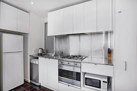 1 Bedroom Executive Apartment In Melbourne Cbd Collins Street