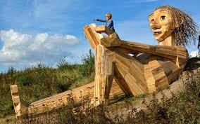 thomas dambo copenhagen wooden sculptures forest