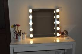 hollywood style vanity mirror with lights for dressing table