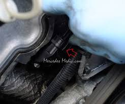 mercedes camshaft position sensor b6 1 easy fix unplug electrical connetor from camshaft position sensor
