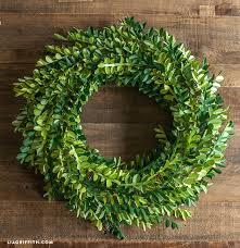 detail boxwood paper wreath paper boxwood wreath diy
