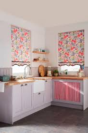 Roller Blinds For Kitchen 17 Best Ideas About Country Roller Blinds On Pinterest White