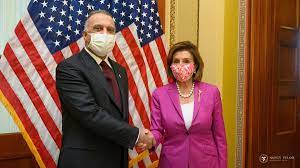 Nancy Pelosi (@SpeakerPelosi)