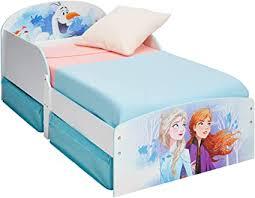 Un altro modo per sfruttare lo spazio sotto il letto è quello di scegliere un letto con cassettoni sottoletto. Disney Lettino Per Bambini Con Contenitore Sottoletto Single Amazon It Casa E Cucina