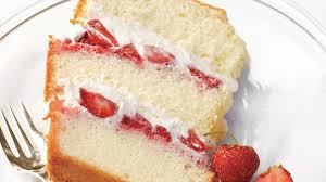 Chiffon Cake With Strawberries And Cream