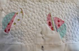 Free-Motion Quilting Stitches: 5 Must-Knows for Every Quilter & Pebble free motion quilt stitch Adamdwight.com