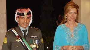 """الأمير حمزة بن الحسين ولي العهد الأردني السابق يقول إنه """"قيد الإقامة  الجبرية"""""""